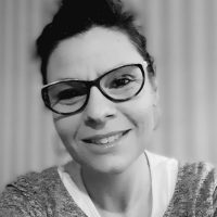 Hélène Sbzo